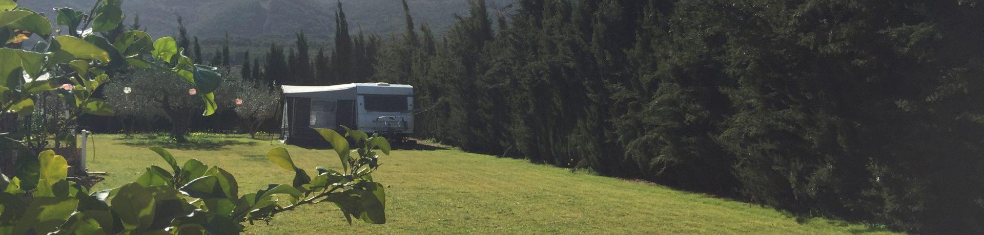 Minicamping Ardalejo is een charme camping in het plaatsje Alhaurín el Grande, net boven Malaga in een landelijk en heuvelachtig deel van Andalusië in Spanje.