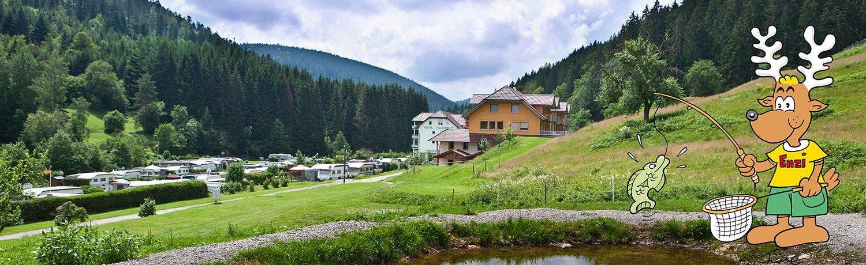 Camping Kleinenzhof in Bad Wildbad is een familiecamping met overdekt zwembad in Baden-Württemberg en ligt tussen de bergen.