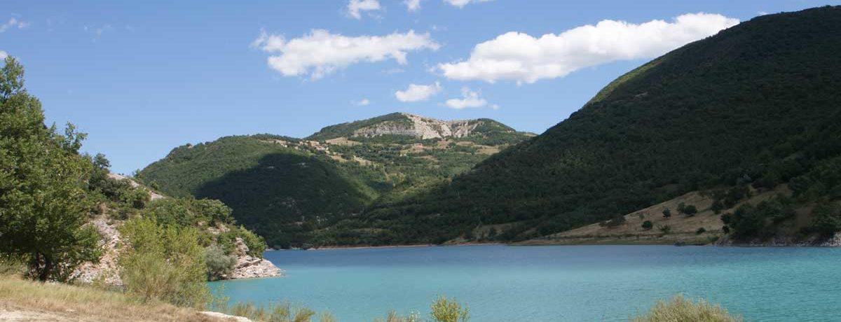 Mini Camping Le Marche Italië & agriturismo Villa Ti Amo Appartementen zijn gelegen in Marche in Italië. Een kleine camping omgeven door prachtige natuur.