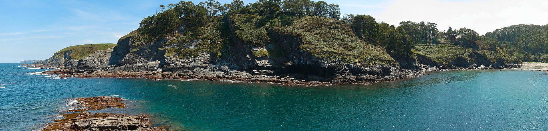 Camping Playa de Tauránin Luarca is een prachtige natuurcamping in Asturië in Noord-Spanje.